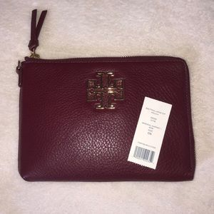 NEW! Tory Burch Pebble Leather Britton Zip Pouch